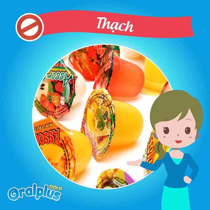 khong-nen-cho-be-an-thach